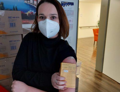 """Corona-Impfung in der MediCare Seniorenresidenz """"Am Leinebogen"""" in Neustadt a.R."""