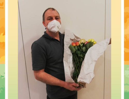 Rosen für Mitarbeiterinnen der Seniorenresidenz Hoffmannspark