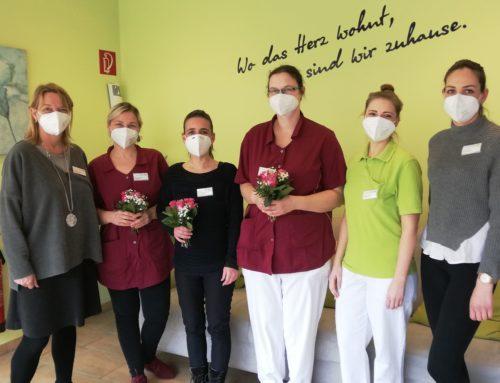 """MediCare Seniorenresidenz """"Hoffmannspark"""" in Bad Salzuflen heißt neue Mitarbeiterinnen herzlich willkommen."""